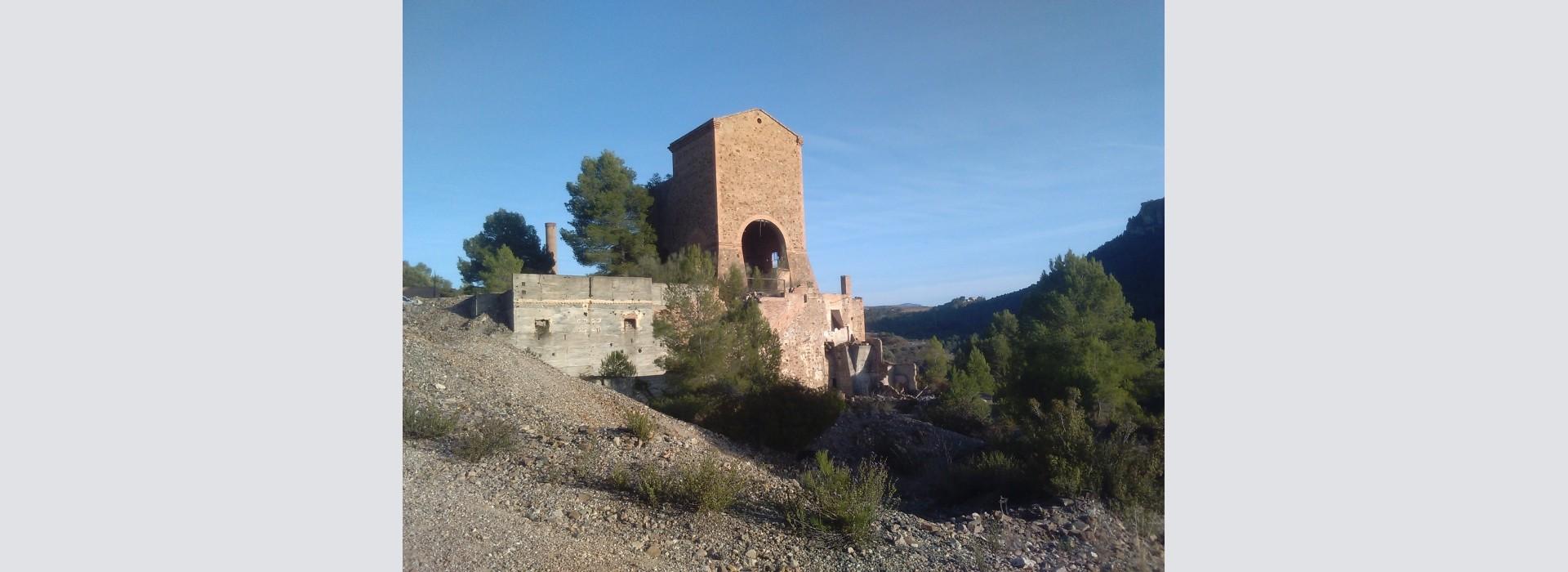 """Salida del GMC a las minas """"Regia"""" y """"Mineralogía"""", Priorat, Tarragona."""