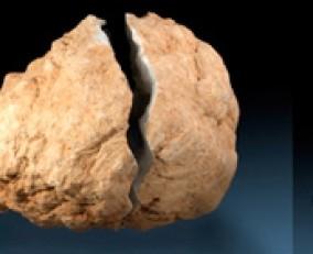 Taller a Mineralexpo Barcelona-Sants: Obre la teva Geoda
